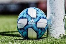 Balón fútbol Adidas